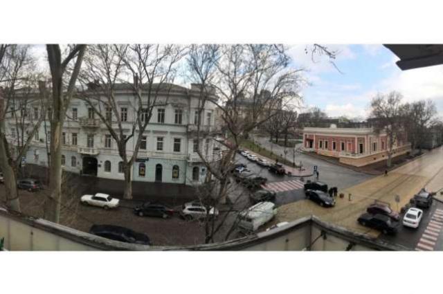 https://photo.capital.com.ua/foto_k/k55082528904.jpg